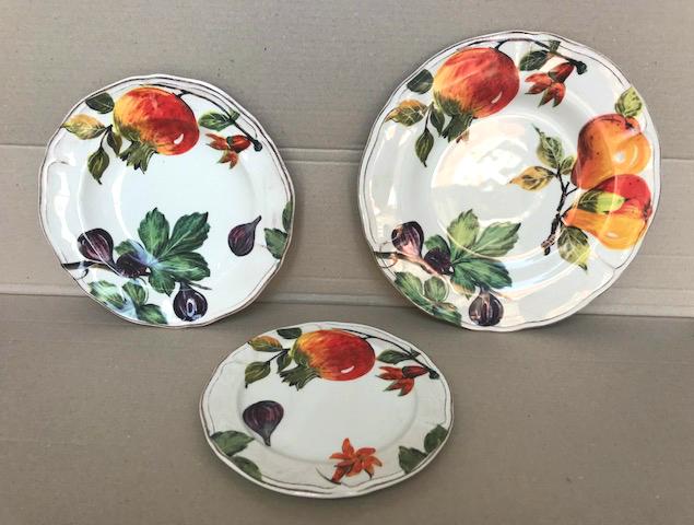 Ceramica Tiffany Civita Castellana.Servizio Piatti 18 Pezzi Decoro Melograno